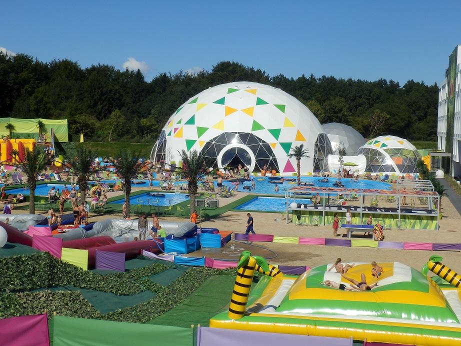Władysławowo Lemon Park - aquapark baseny ze zjeżdżalniami